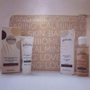 Madre Selva Cosmetics-Travel bag Gallinée